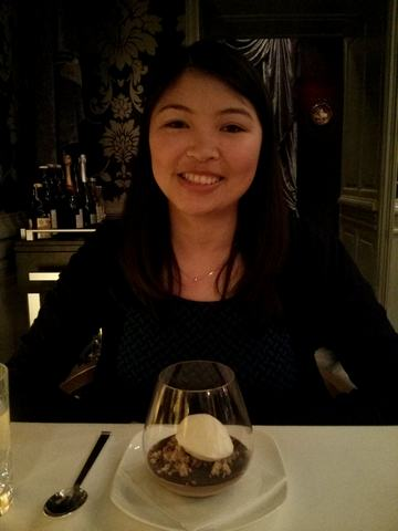 A happy camper - Experiencing Decadence at Onyx Restaurant in Budapest | packmeto.com
