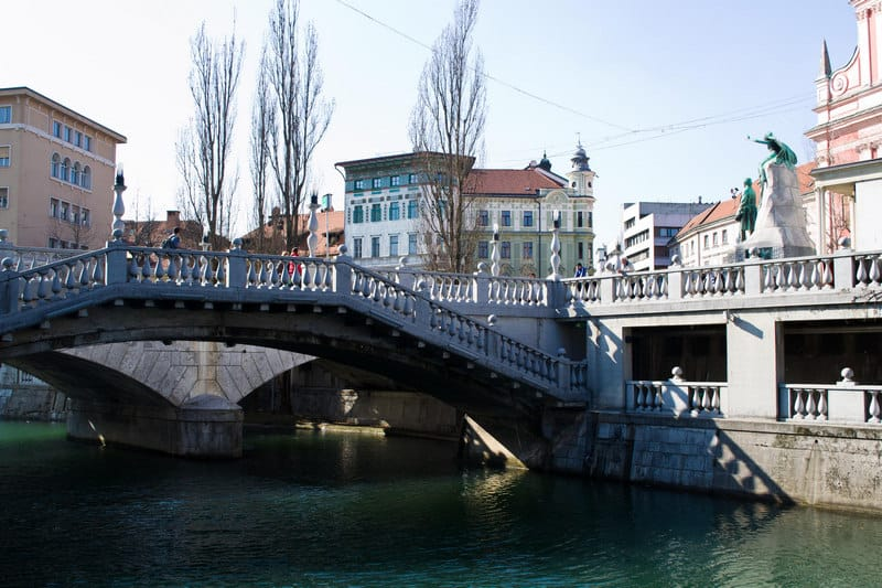 Triple Bridge - The Bridges of Ljubljana | packmeto.com
