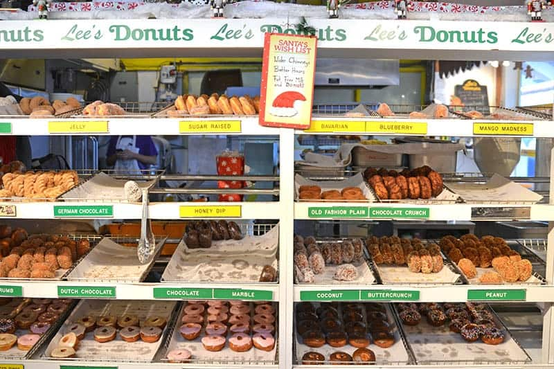 Lee's Donuts | Granville Island - Art, Food and the Great Outdoors | packmeto.com
