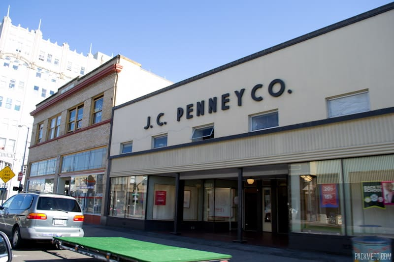 Old JC Penny | 3 Hours in Astoria Oregon | packmeto.com