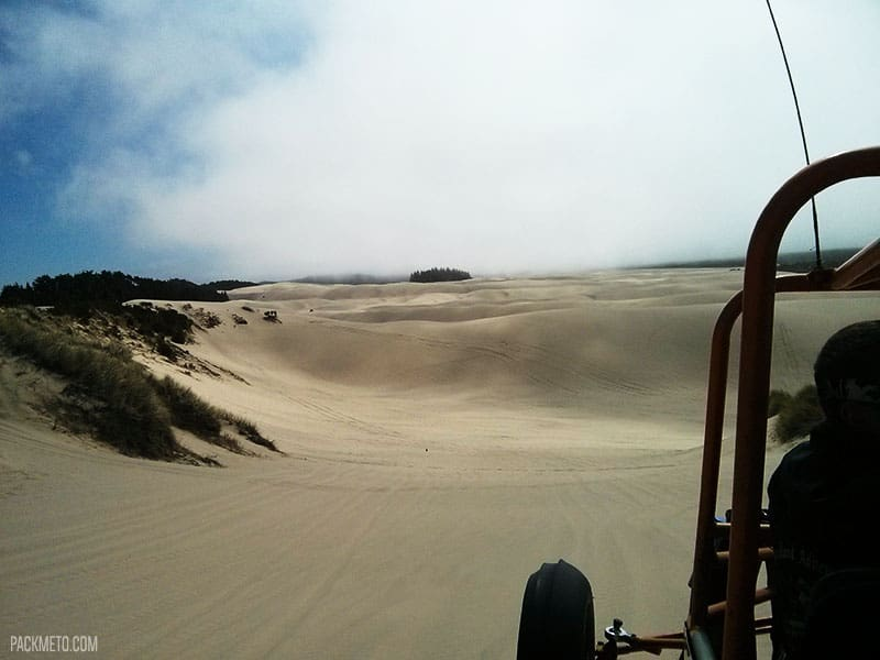 Sand Dunes Tour | Highlights from Roadtripping Through Oregon | packmeto.com