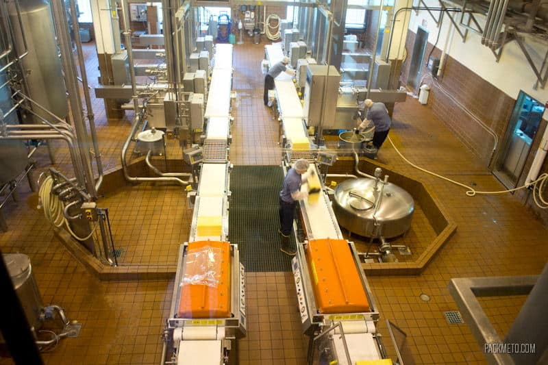 Visiting the Tillamook Cheese Factory | packmeto.com