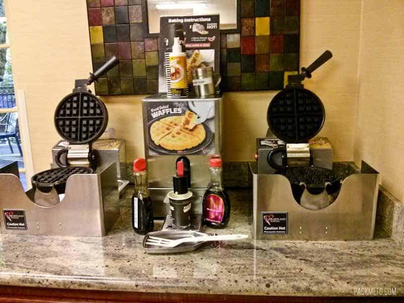 Eugene Phoenix Inn & Suites Breakfast