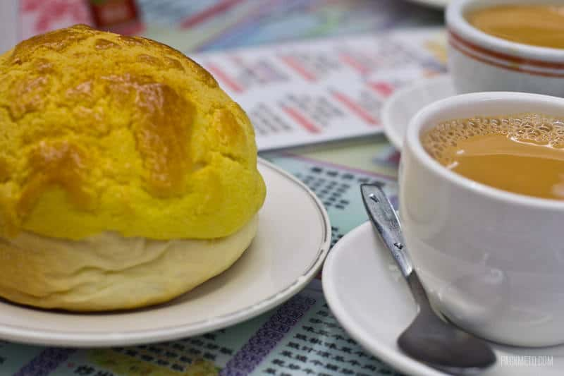 Hong Kong Foodie Tour - Pineapple Bun + Milk Tea