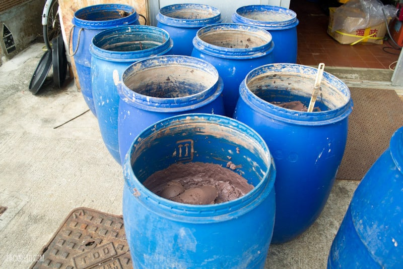Tai O - Shrimp Paste - Things to do on Lantau Island | packmeto.com