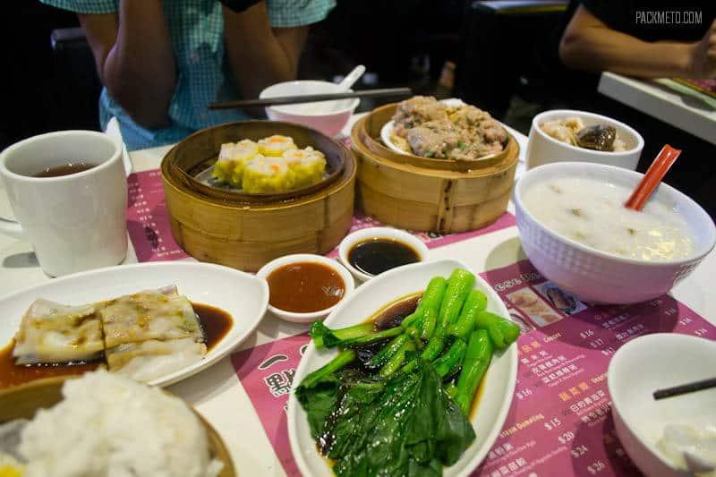 Breakfast at One Dim Sum | 4 Must Eat Foods in Hong Kong - packmeto.com