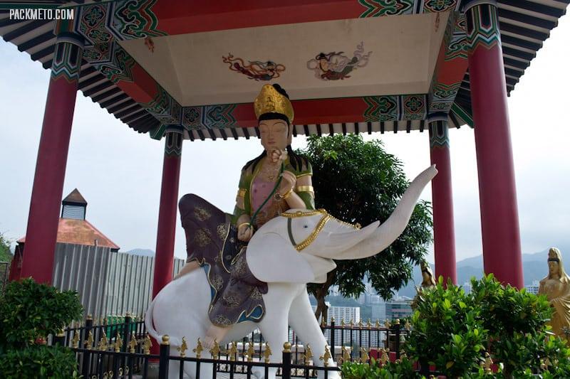Painted Chinese Dieties - Ten Thousand Buddhas Monastery Hong Kong | packmeto.com
