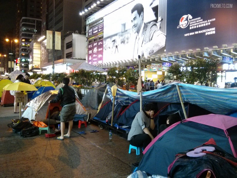Occupy Mongkok - Hong Kong at Night | packmeto.com