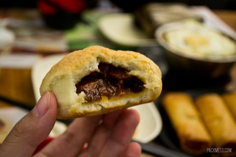 Inside BBQ Pork Bun - Michelin Star Restaurant Tim Ho Wan in Hong Kong | packmeto.com