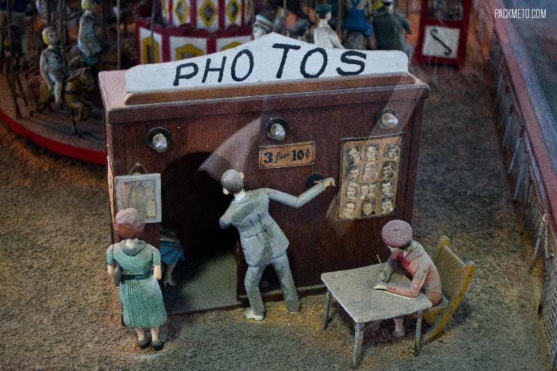Musee Mecanique Diorama Photobooth