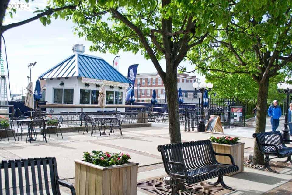 Newport Rhode Island Pier | packmeto.com