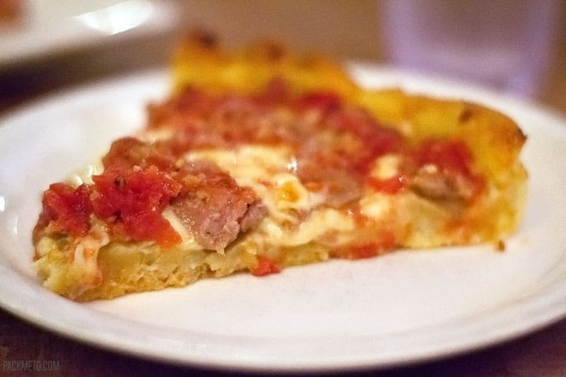 Chicago Deep Dish Pizza Lou Malnati - Best Bites of 2015 | packmeto.com