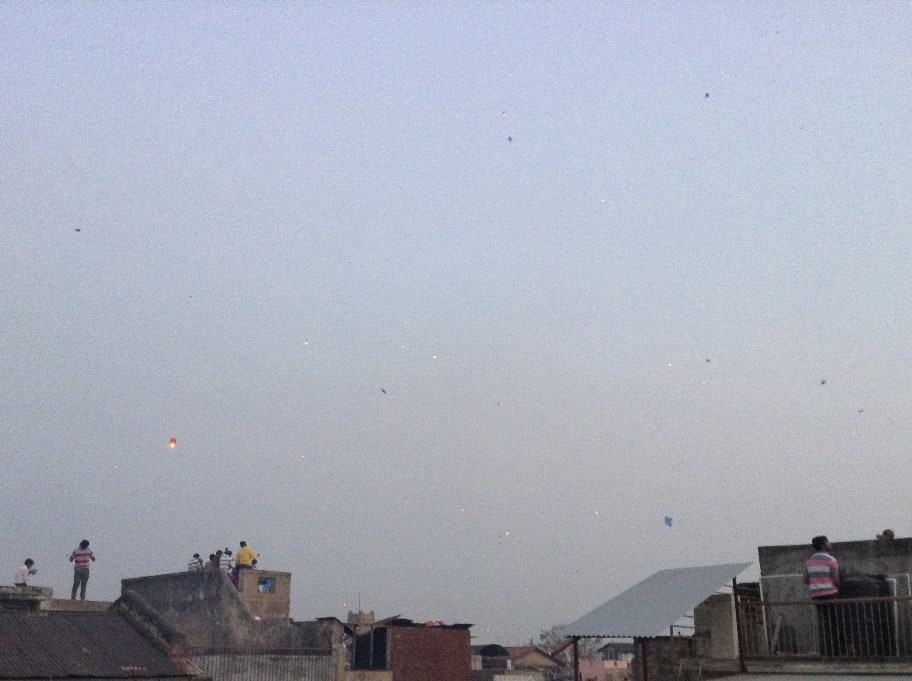 uttarayan-dusk-kite-lantern