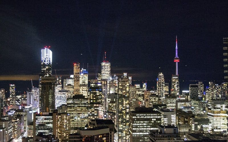 7 Free Things To Do in Toronto + WIN A Free Night Stay at a Radisson