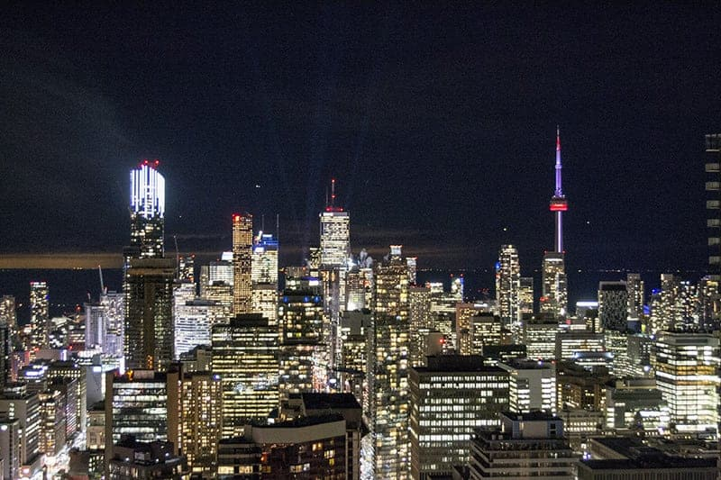 Toronto Skyline at Night | packmeto.com