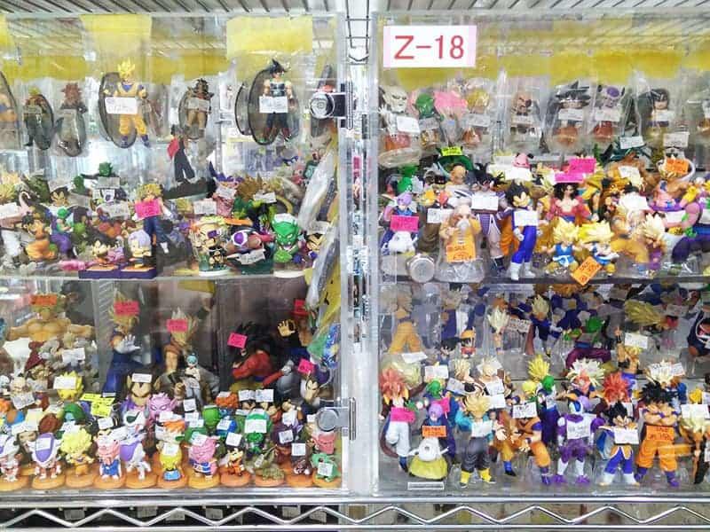 toy-display-akihabara-tokyo