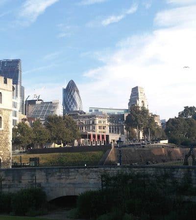 Sightseeing in London Between Work