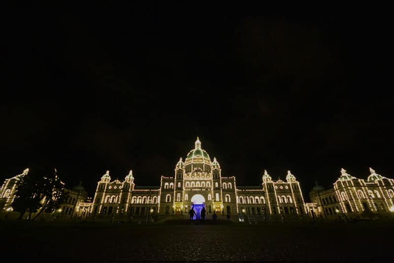 Victoria Parliament Building - Victoria, British Columbia in Three Meals | packmeto.com