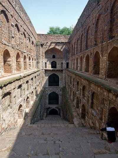Agrasen ki Baoli – An Impressive Stepwell in New Delhi